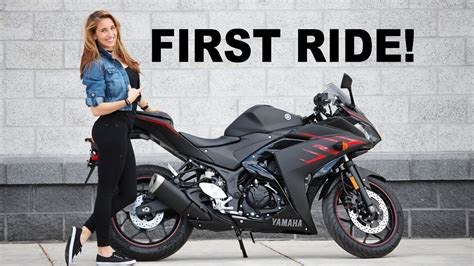 Girlfriends First Ride On Her New Yamaha R3! Youtube