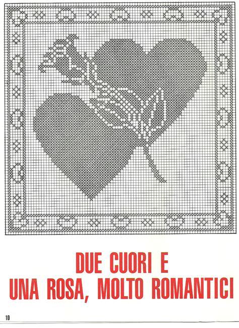 Cuscini Uncinetto Schemi - cuscino filet cuori rosa 2 magiedifilo it punto croce