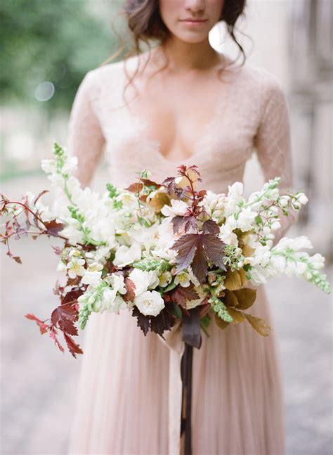 elegant fall wedding flowers bridal bouquet
