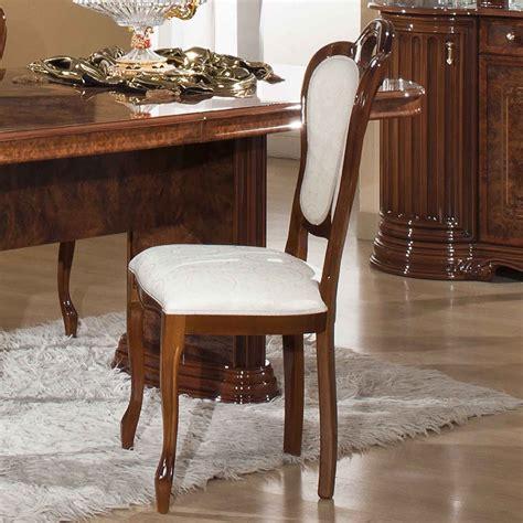 chaises contemporaines salle manger chaises salle a manger noyer