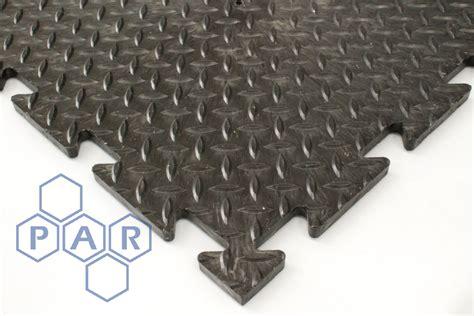 mftc chequer plate floor tiles par