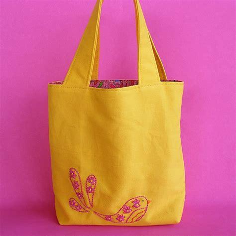 mini tote bag   stitch  embroidered tote sewing  cut
