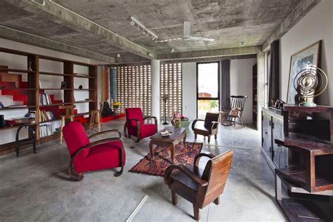 coin bureau dans salon maison originale au design éclectique située dans