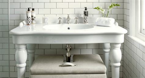 Double Parisian Pedestal Sink-cottage-bathroom-skonahem