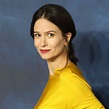 Katherine Waterston shows off baby bump at Fantastic ...