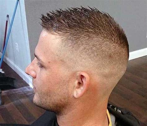 de larmee de coiffure courte  coiffure