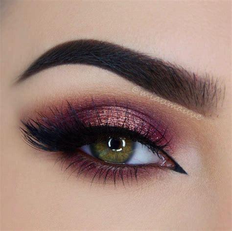 Maquillage yeux verts en amande
