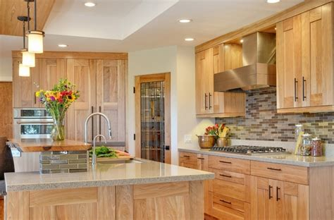 hickory wood kitchen cabinets 33 best ideas hickory cabinets for naturally beautiful 4201