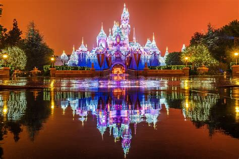 enjoy the magic of disney this christmas at disneyland