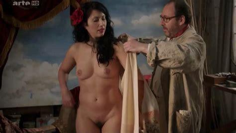 nude video celebs actress lola creton