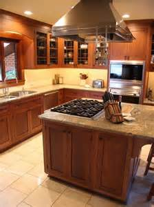Kitchen Islands with Cooktops Design Ideas