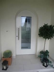 Porte entree aluminium cintree posee a thionville weigerding for Porte d entrée cintrée aluminium
