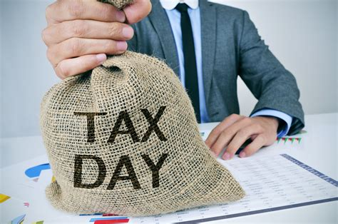 tax day freebies  dining deals  beer drinks