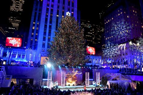 how many lights are on the rockefeller tree rockefeller center tree lighting 2018 closures in nyc curbed ny