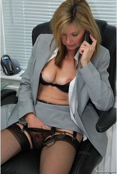 Chief Executive MILF (x-post from r/Jilling_Under_Panties) - Xxx Photo