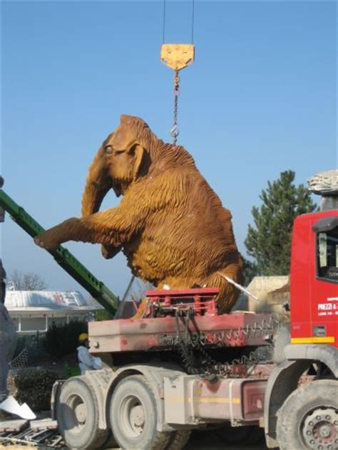 gardaland  arrivato il mammut parksmania