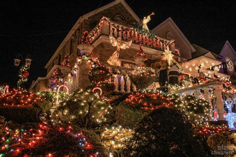 dyker heights lights in