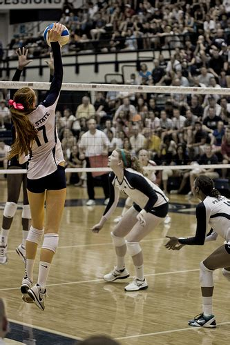 learning   play volleyball beginners rules skills