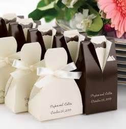 awesome wedding favors wedding favors and ideas around them