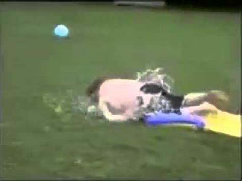 foto de Fat guy water slide YouTube