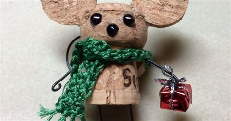 cute cork mouse champagne cork holiday cork projects