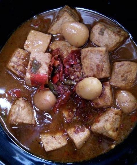 Semur telur puyuh dan tahu bahan bahannya: Semur Pedas Tahu Telur Puyuh by Dapur Astina | Resep ...