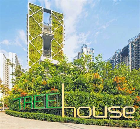 Largest Vertical Garden by Interesting Green Cdl Feat World S Largest Vertical Garden