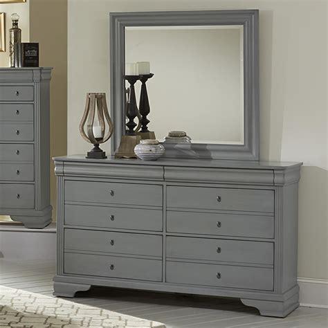 vaughan bassett dresser with mirror vaughan bassett market dresser landscape mirror