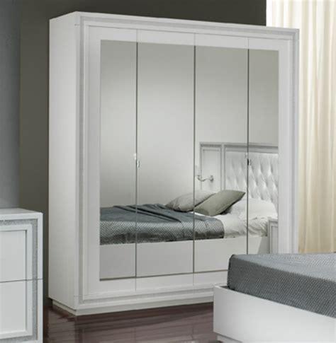 armoire chambre 4 portes armoire 4 portes krystel laque blanc
