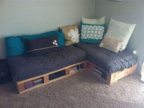 beautiful  fascinating pallet couches wooden pallet