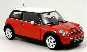 Mini Cooper Blanche : mini cooper s miniature rouge blanche kyosho 1 18 voiture ~ Maxctalentgroup.com Avis de Voitures