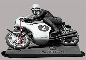 Pilote Moto Francais : james arthur jim redman pilote moto en miniature moto horloge ~ Medecine-chirurgie-esthetiques.com Avis de Voitures