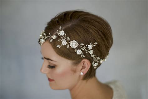 Wedding For Short Hair : How To Style Wedding Hair Accessories With Short Hair