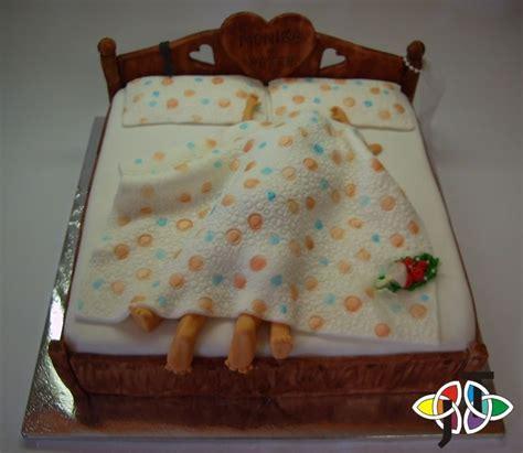 funny cake ideas  anniversary photograph funny