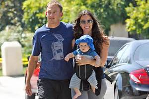Alanis Morissette Takes Rap, Works With Husband Souleye ...