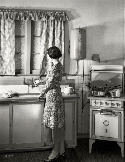 1930s kitchen sink 17 best images about vintage kitchens on stove 1025