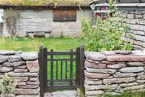 Portail De Jardin : portillon en bois de jardin cloture bois avec portillon ~ Melissatoandfro.com Idées de Décoration