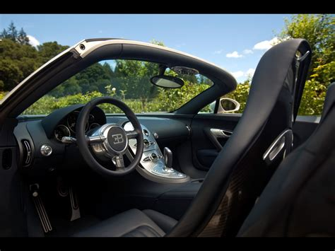 After 10 years the veyron is replaced by all new model: 2010 Bugatti Veyron 16.4 Grand Sport in Napa Valley - Interior 2 - 1280x960 - Wallpaper
