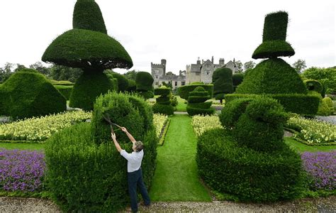 World's Largest Topiary Garden Begin Annual Sixmonth