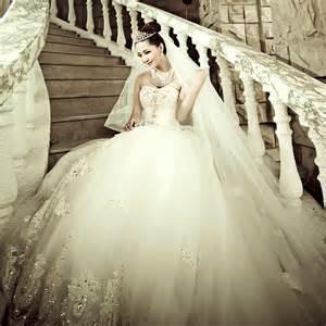 brautkleid prinzessin 2013 luxus spitze braut lange nachlaufenden hochzeitskleid verband brautkleid prinzessin