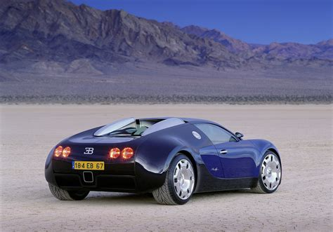 There's not much information surrounding his concoction, other than what you can see in the image above. 2014 Bugatti Veyron EB 18.4 Retromobil - HD Pictures ...