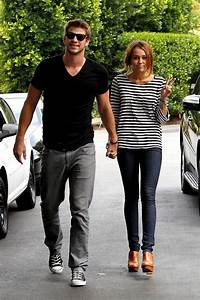 Miley Cyrus & Liam Hemsworth Reunite In California (PHOTOS ...