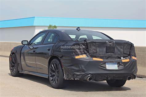 2018 Dodge Charger Srt Hellcat Spied Testing Autoevolution