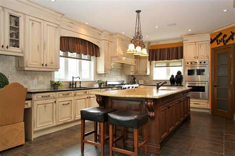 antique kitchen designs 20 amazing antique kitchen cabinets home design lover 1277