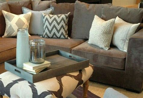 1000+ Ideas About Chocolate Brown Couch On Pinterest