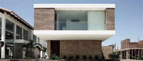 stylish  house  santa cruz sports stunning interiors