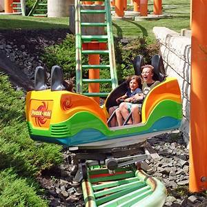Pandemonium photo from Six Flags New England - CoasterBuzz