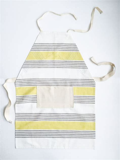 Kitchen Tea Aprons by Easy Diy Dish Towel Aprons For Towels For And