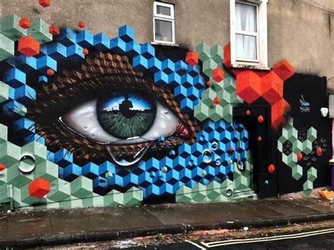 blue street art mosaique