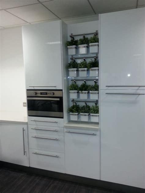magic  feedback kitchen fitter plasterer bathroom
